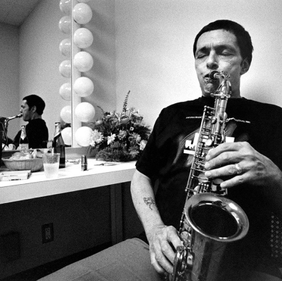 "Veryl Oakland's ""Jazz in Available Light"" — photos (and stories) of Art Pepper, Joe Williams, and Pat Martino"
